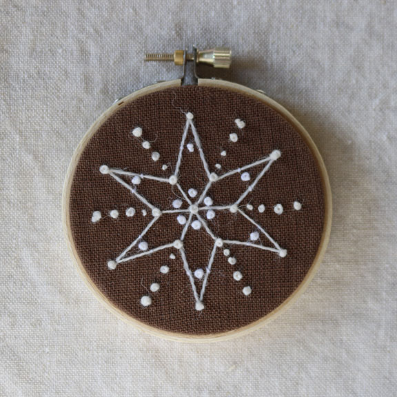 crewelkits_Gingerbread-Snowflakes_12