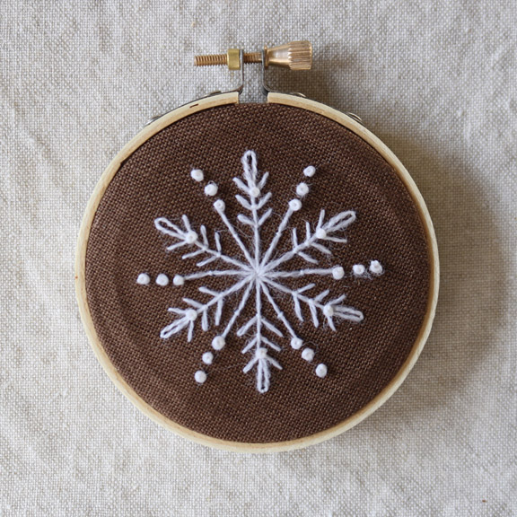 crewelkits_Gingerbread-Snowflakes_20